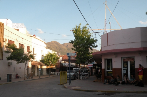 Scene de rue Capilla del Monte.JPG