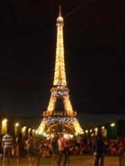 Elle scintille la Tour Eiffel.JPG