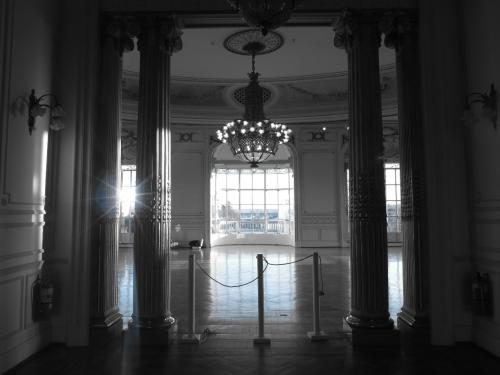 Salon principal Museo de Arte Tigre.jpg