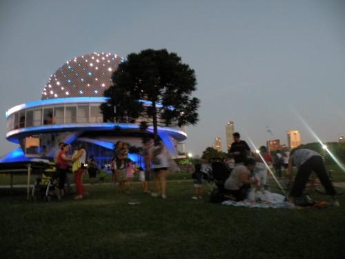Planetarium tombée de nuit.JPG