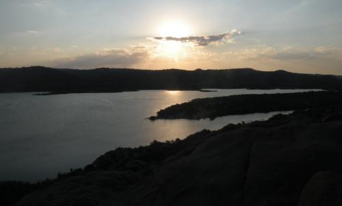 Lac de barrage.JPG
