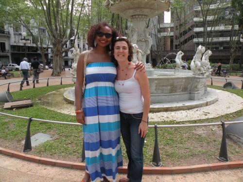 Mymy et moi Place Montevideo.JPG